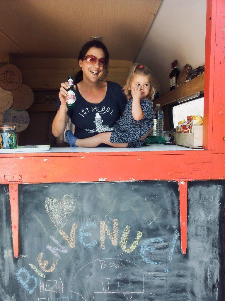 Caravan Bar Naturcampingplatz Champagne