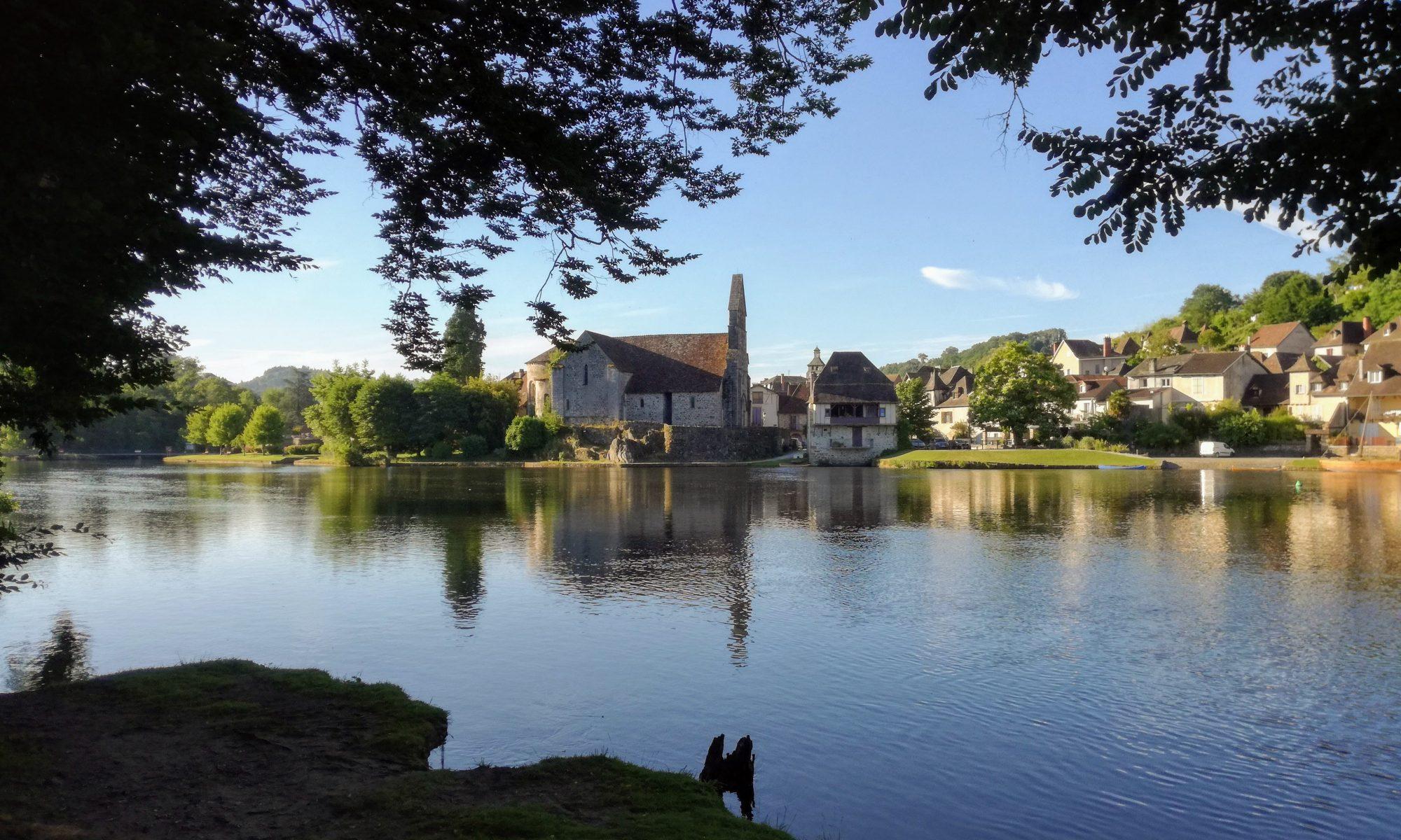Beaulieu sur Dordogne vakantie Dordogne leuke stadjes